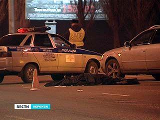Сотрудники ГИБДД выясняют - кто виноват в гибели человека на Чернавском мосту