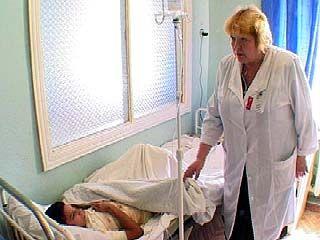 Сотрудники МЧС поздравили пациентов ожогового отделения детской больницы