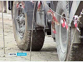 Спецтехники будут штрафовать строителей за грязные колеса