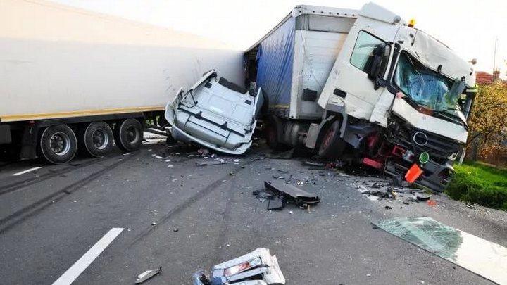 Водитель грузовика без тормозов ответит за гибель на воронежской трассе девочки и женщины