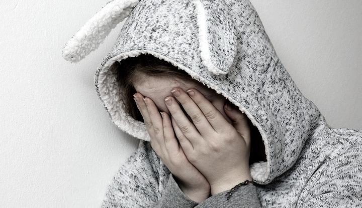 В Воронежской области мать избивала и выгоняла из дома 9-летнюю дочь