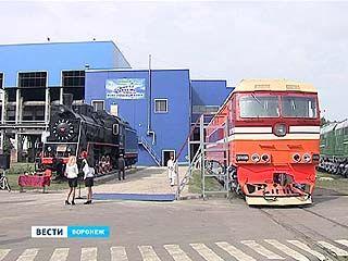 Тепловозоремонтному заводу имени Дзержинского - 145 лет