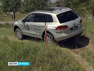 """Тест-драйв внедорожников """"Volkswagen"""" провели в Воронеже в Белом Колодце"""