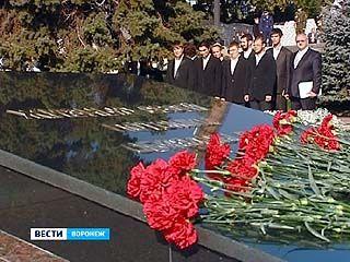 Торжественное возложение цветов прошло на Чижовском плацдарме