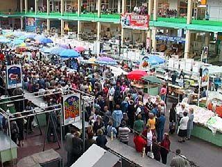 Тысячи предпринимателей Центрального рынка вышли на забастовку