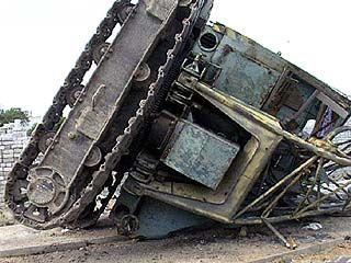 В частном секторе упал строительный кран