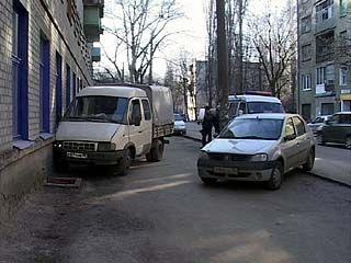 """В детский сад на улице Куцыгина въехала """"Газель"""""""
