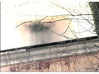 В доме ╧38 по Кольцовской загорелся чердак