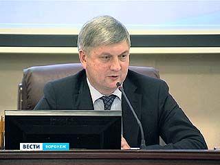 В историческом центре Воронежа уберут треть всех рекламных конструкций