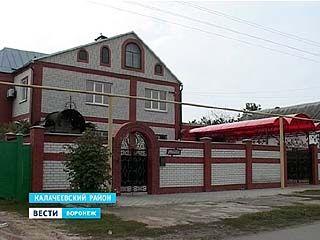 В Калачеевском районе женщину подозревают в серии убийств