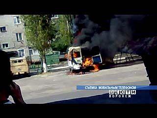 В Лисках сгорела машина скорой помощи