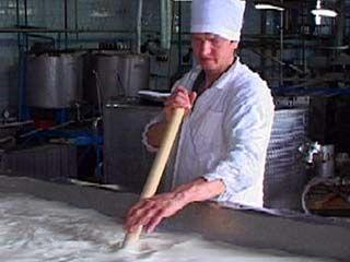 В Лискинские магазины больше не поступит молоко местного производства