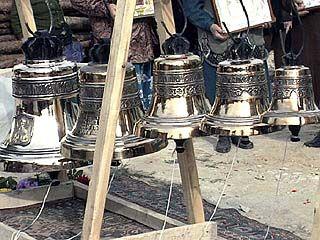 В Масловке освятили колокола