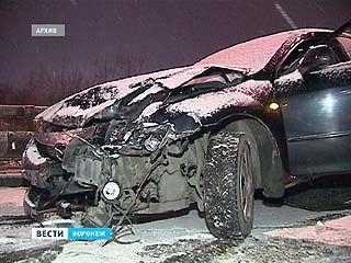 В массовой аварии на Северном мосту водители винят коммунальщиков