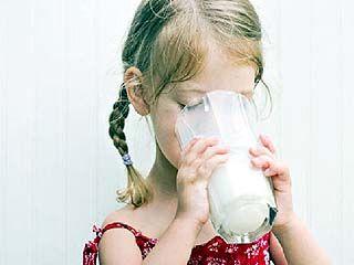 В молоке для детей эпидемиологи обнаружили кишечную палочку