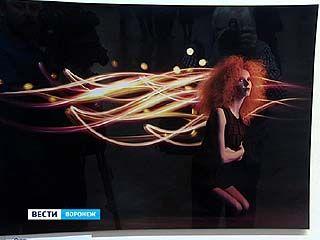 "В музее имени Крамского открылась выставка фотокартин в стиле ""фризлайт"""