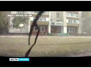 В некоторых районах Воронежа прошел сильный дождь с градом