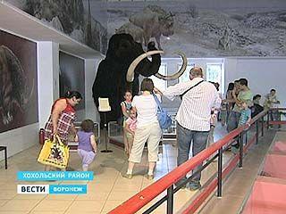 """В """"Ночь музеев"""" Костенкинские дети перевоплотились в первобытное племя"""