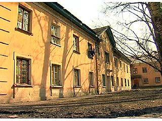 В общежитии по адресу Проспект Труда, 18 обрушился потолок