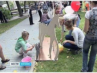В Петровском сквере стартовал фестиваль арт-объектов