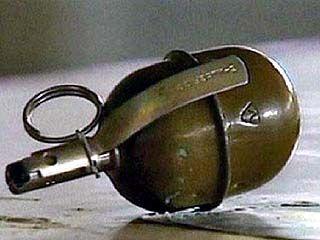 В Подгорном предпринимателю подбросили в дом гранату