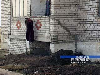 В Поворино люди живут в бесхозных домах