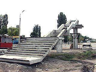 В районе Новой Усмани началось строительство надземного перехода
