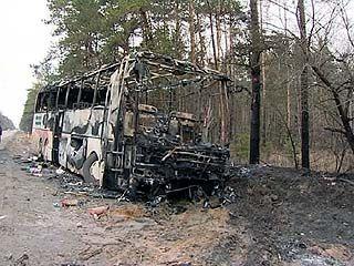 В результате столкновения с рейсовым автобусом погиб водитель иномарки