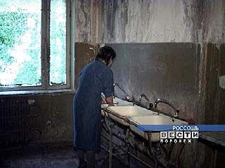 В Россоши жильцы общежития оказались в сложных условиях
