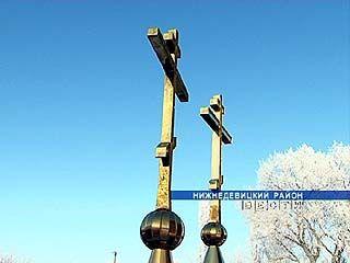 В селе Синие Липяги Нижнедевицкого района появились два больших креста