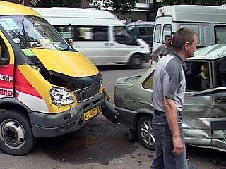 В центре Воронежа произошла авария с участием маршрутки