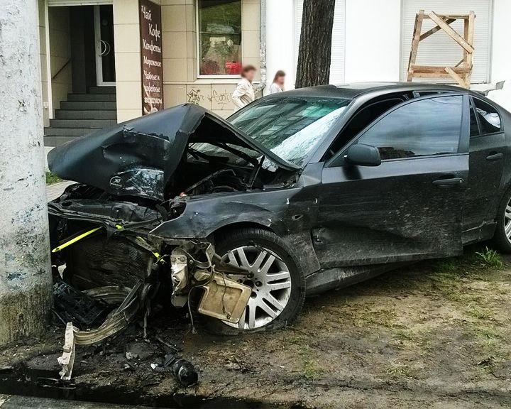 В Воронеже ДТП с двумя иномарками чуть не закончилось трагедией