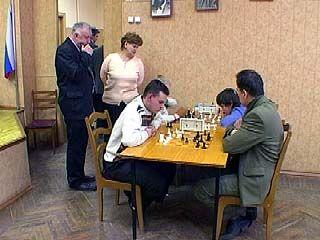 В Воронеже финишировали соревнования по семейным шахматам