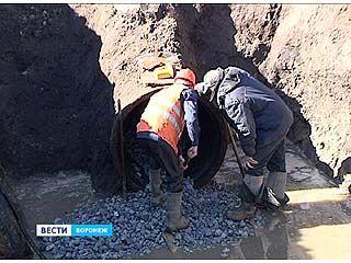 В Воронеже из-за крупной коммунальной аварии половина города осталась без воды
