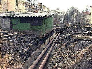 В Воронеже над коммуникациями часто располагаются незаконные объекты