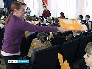 В Воронеже появятся несколько сотен кормушек для пернатых жителей города