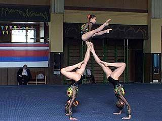В Воронеже проходит первенство России по акробатике