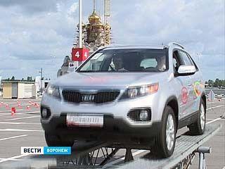 В Воронеже прошел яркий автомобильный праздник