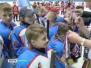 В Воронеже завершился международный хоккейный турнир