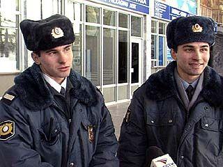 В Воронежском аэропорту работают милиционеры-близнецы
