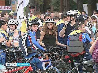 В воронежском велопробеге против наркотиков приняли участие более 500 человек