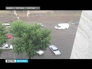 В Воронежской области выпал град, местами прошел ураган