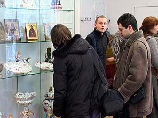 В выставочном зале Союза художников открылась выставка