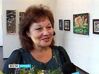 В зале Союза художников открылась выставка работ Ирины Ворошиловой