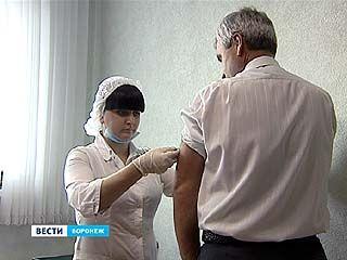 Вакцину от гриппа тестируют на главном санитарном враче Воронежа