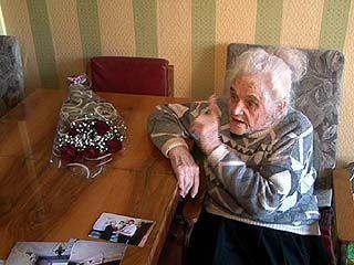Ветеран ВОВ Нина Шлегель 12 лет не могла добиться ремонта кровли