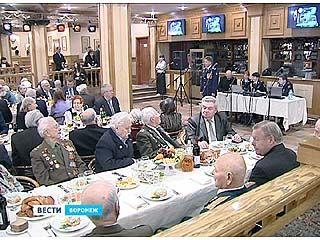 Ветеранов наградили медалями в преддверии Дня Освобождения Воронежа