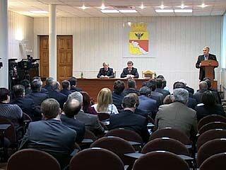 Вновь избранные депутаты городского парламента получат удостоверения