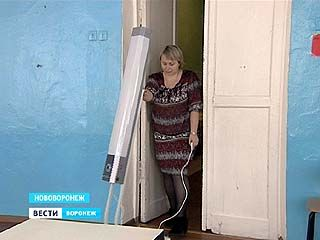 Во всех пяти школах Нововоронежа установлены бактерицидные лампы