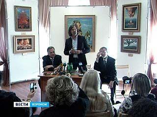 Воронеж посетил художник Никас Сафронов